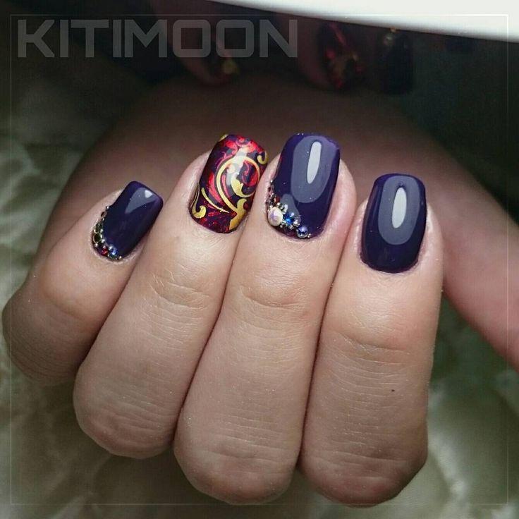 Покрытие натуральных ногтей гель-лаком с использованием слайдер дизайна инкрустация стразами #swarovski  #ногти_клин #клинногти #ногтиклин #ногти #маникюр_клин #маникюр #маникюрклин #клин #красота #гель_лак #гельлак #гель #шеллак #шелак #klin #shellac #gel #gellac #instanail #nayada #наяда #гельлак_наяда #nails #gelcolor #gelpolish #gellacquer #naildesign #блеск #слайдердизайн
