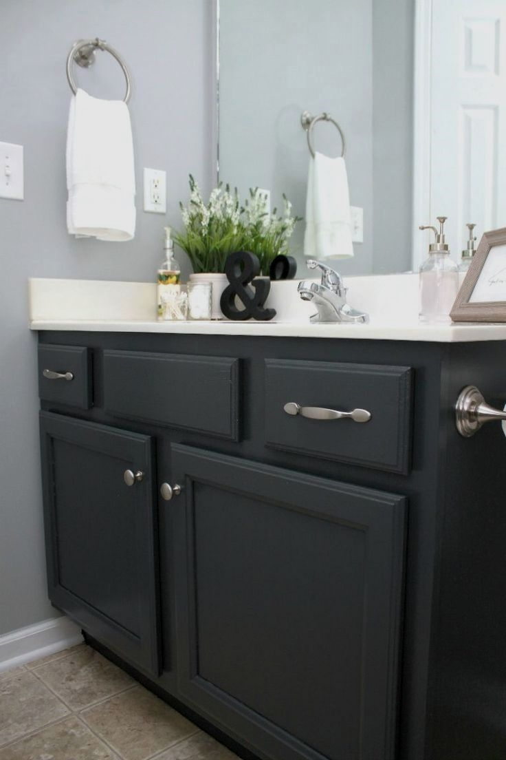 Wanting To Update Your Bathroom Painting Cabinets Is A Budget Friendly Way I Show You An Easy Method Painted C