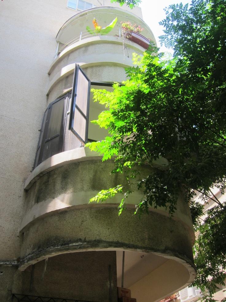 Bauhaus architecture (international style) Tel aviv