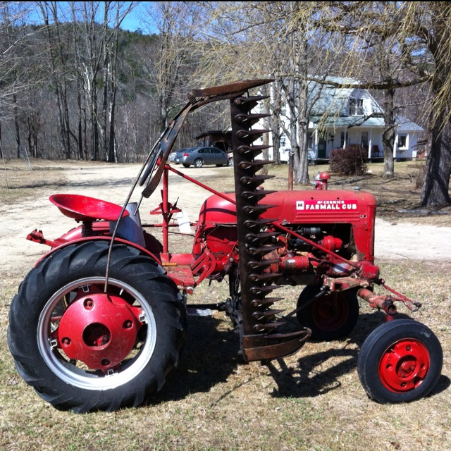 Farmall Cub ..looks like something out of a horror movie..Yikes!!
