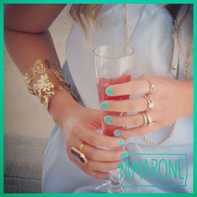 Este es nuestro look #Amarone recomendado, donde el dorado combinado con la piedra swarosky dan un elegancia y color.