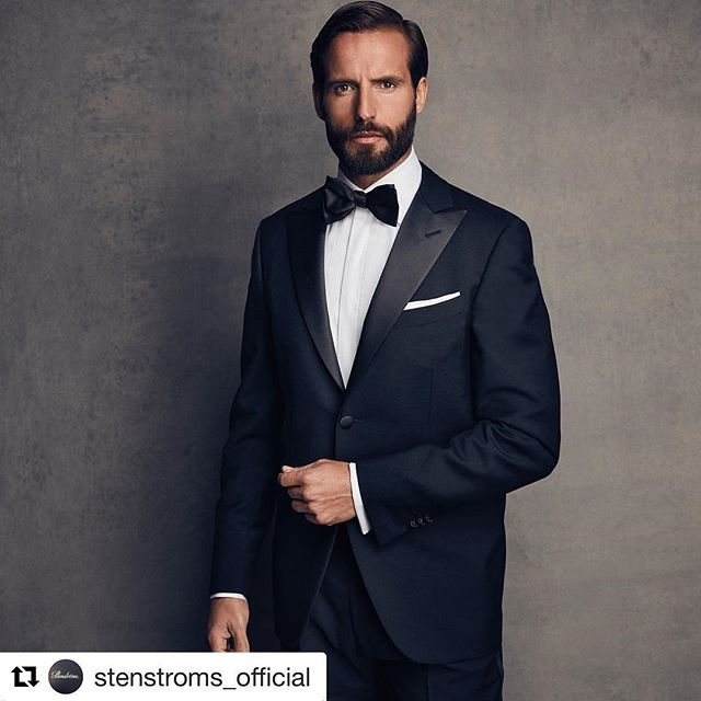 New Years Eve is just days away. Why not ring in 2018 in style. #Repost @stenstroms_official (@get_repost)  ・・・  End the year in style #newyear #Stenstroms #Stenströms #swedishconfidence    #Regram via @ewmenswear