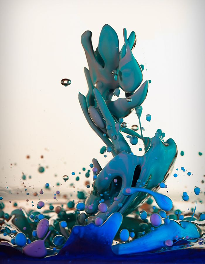 High Speed Photographs of Ink Mixing with Oil by Alberto Seveso | Colossal