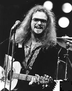 Rocky Burnette (Jonathan Burnette) (June 12, 1953) American singer., o.a. known from the song 'Tired of toein' the line' from 1980.