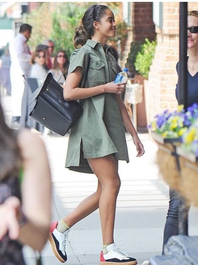 Malia Obama out & about in NYC, 4/27/17