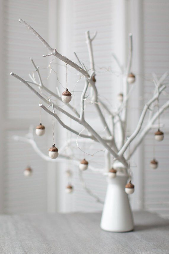 White Christmas ornaments – Felted acorn decorations – Set of 6 magic forest woodland party favors –