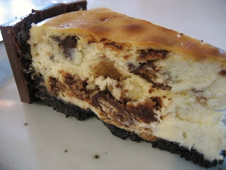 Kit Kat Cheesecake