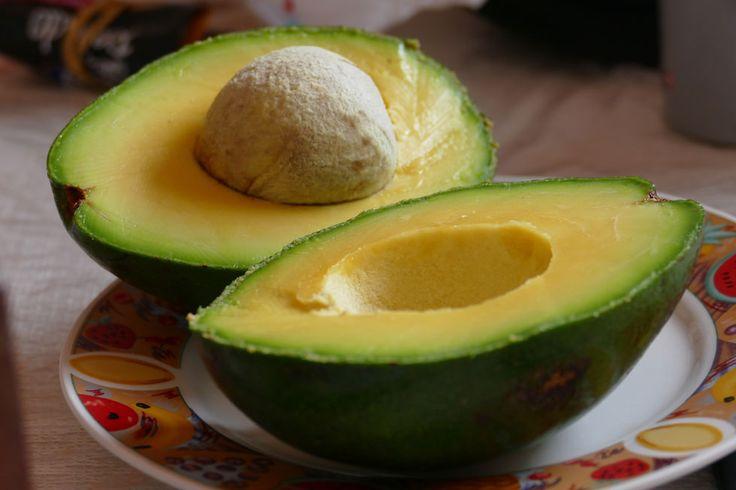 Ile kalorii ma awokado - http://www.dietatop.pl/ile-kalorii-ma-awokado/