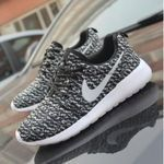 Nike Kobe 11 White/Black Cool Grey - looking cool deadly Clothing, Shoes  Jewelry : Women : Shoes : Nike amzn.to/2lCFtE5