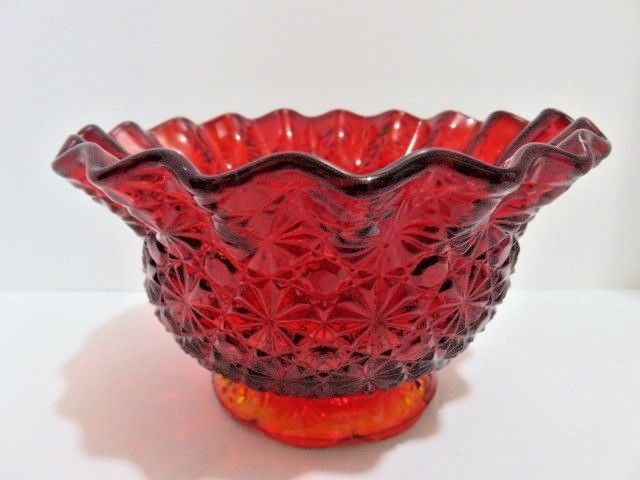 Vintage Smith Glass Daisy and Button Crimped Bowl Red/Amberina Open Candy Dish