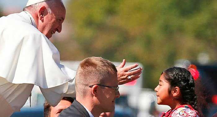 Sophie Cruz, la niña mexicana que burló la seguridad para llegar al Papa Francisco