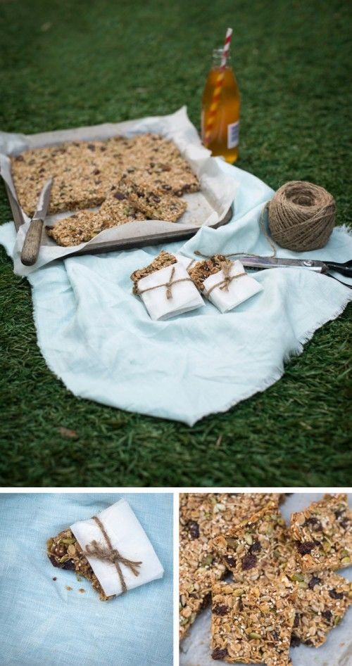 Homemade Muesli Bars (perfect for school lunch boxes)  |  Adeline & Lumiere Photography    http://adelineandlumiere.com/2012/09/11/homemade-muesli-bars-perfect-for-lunch-boxes/    #foodphotography #recipe