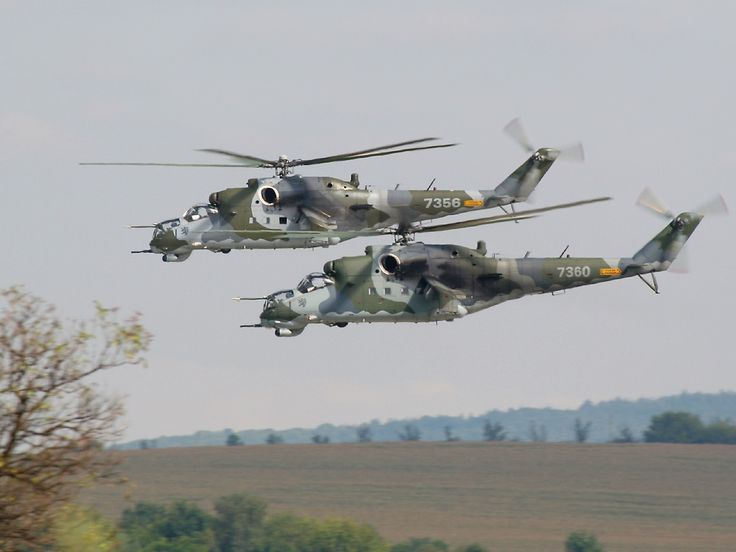 El Mil Mi-24 es un helicóptero artillado y helicóptero de ataque de gran tamaño y con baja capacidad para transporte de tropas producido por la Fábrica de helicópteros Mil de Moscú desde comienzos de los años 1970.