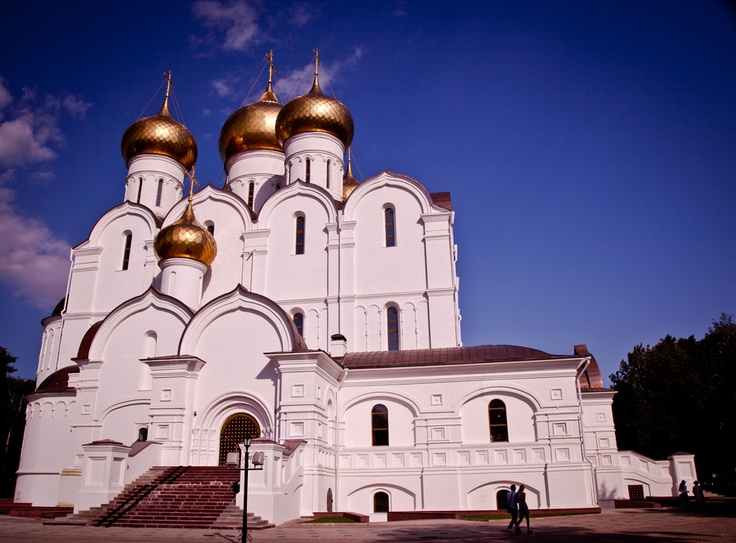 Optina Hermitage - an Eastern Orthodox monastery for men near Kozelsk in Riussia. Оптина пустынь.