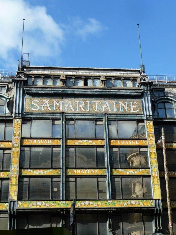 La façade fleurie de la Samaritaine (Paris 1er) http://www.pariscotejardin.fr/2015/02/la-facade-fleurie-de-la-samaritaine-paris-1er/