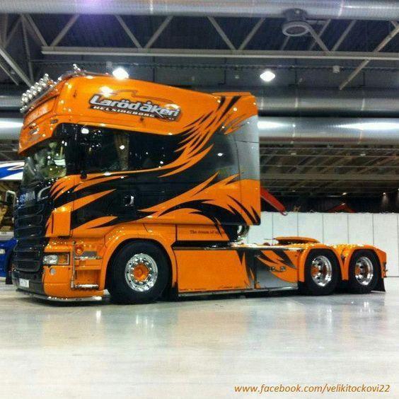 Beautiful colors #scania #trucks
