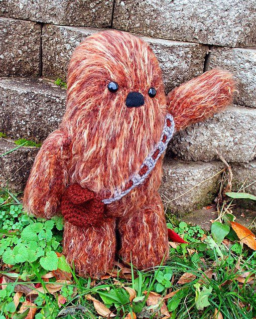 After signing up for a craft swap, cunning crocheter Melissa Mall discovered that her swap partner was a huge Star Wars fan, so she proceeded to crochet th