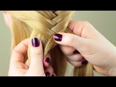 ▶ Обычная французская коса. Basic french braid - YouTube