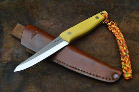 Blog sobre la fabricación de cuchillos artesanales mediante forja y desbaste.