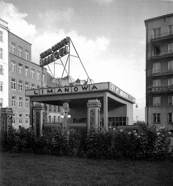 Dawna stacja benzynowa firmy Limanowa przy pl. Unii Lubelskiej.