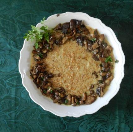 """750g vous propose la recette """"Risotto d'épeautre aux champignons, jus d'un rôti"""" notée 4.6/5 par 17 votants."""