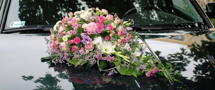 Dekoracja florystycna na samochod http://kaja.lebork.pl/korso.html #wesele #slub #kwiaty
