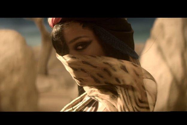 illuminati symbols | More Illuminati Symbolism In Rihannas Where Have You Been Video ...