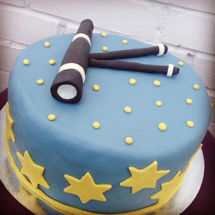 Fondant stars' sky cake with telescope.  Торт из мастики - звездное небо с телескопом