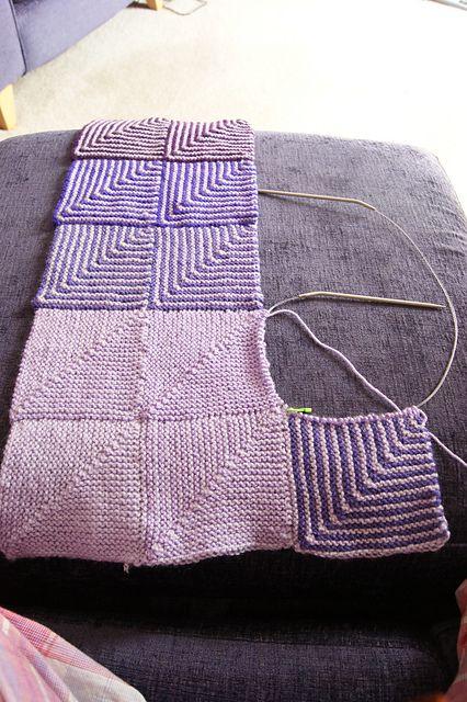 Deze gebreide deken zag ik vandaag op Ravelry voorbij komen en ik ben echt geboeid geraakt door het patroon! Grandioos kleurenspel is dit:  ...