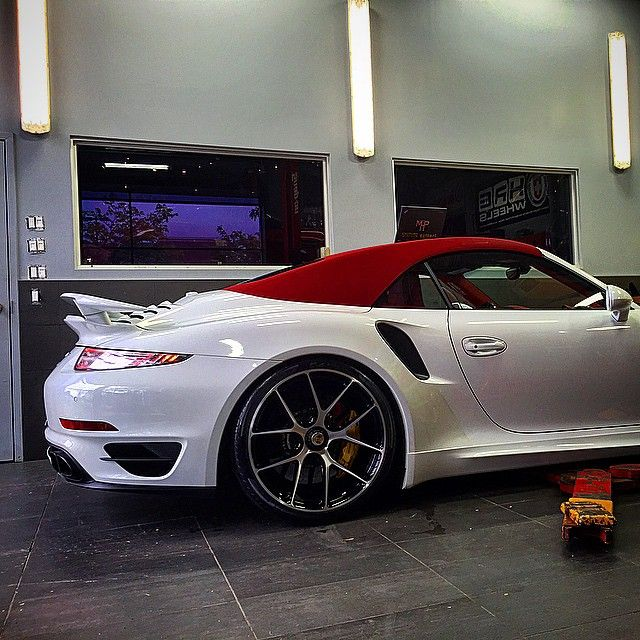 Turbo S looking sharp dressed