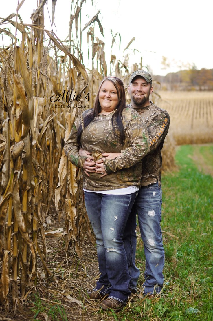 Sweet Corn field Engagement Pictures