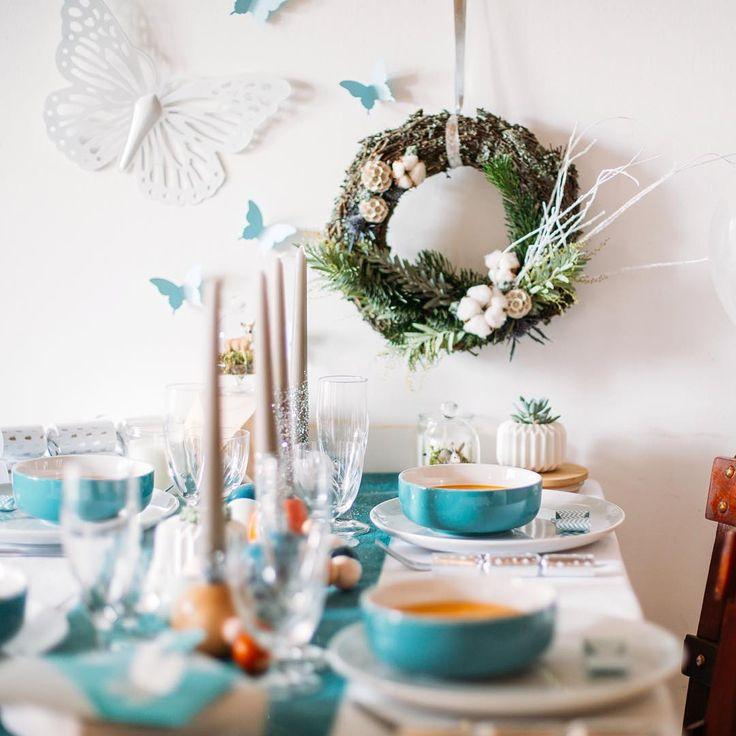 69 best tables en f te papillon images on pinterest for Deco table noel bleu argent