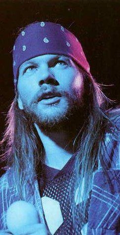 this photo is actually my mobile phone's wallpaper | Axl Rose