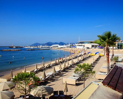 Beautiful morning on Cannes beach!