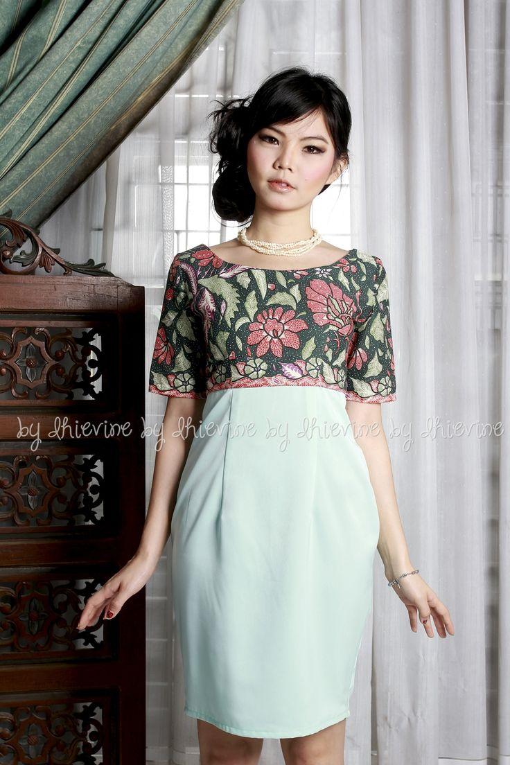 Evanthe TigaNegeri Dress | DhieVine | Redefine You
