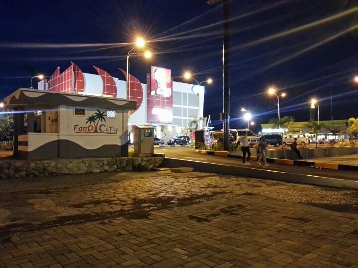 KFC Mega Mas Manado