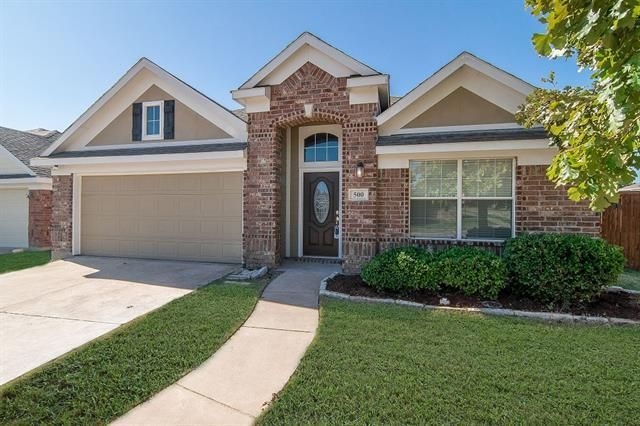 #McKinney #Home under $200k! #Beautiful #interior, great #curb #appeal, strong school district. 469.450.4657 to book your own showing!  #ulrdallas #ulrproperties #refinedREALestate #McKinneyhomes   http://urbanleasing.com/realestateagents/98/katie-tijerina/