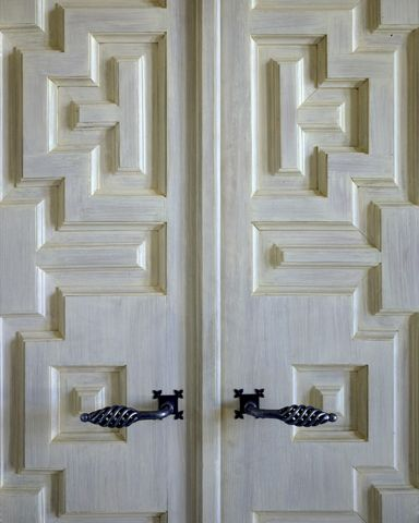 Palm Beach, Florida | Ferguson & Shamamian -- love the doors, not the hardware.