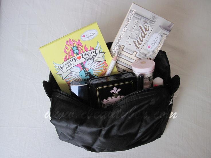 Cristina's Beauty Box | Beauty Blog : My Travel Makeup Bag