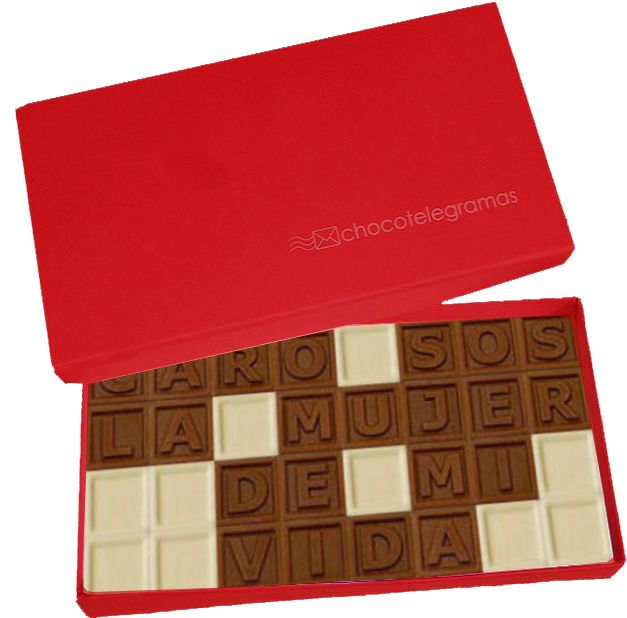 Caja Clásica Chica. Chocotelegrama de 32 chocolatitos con mensaje personalizado.