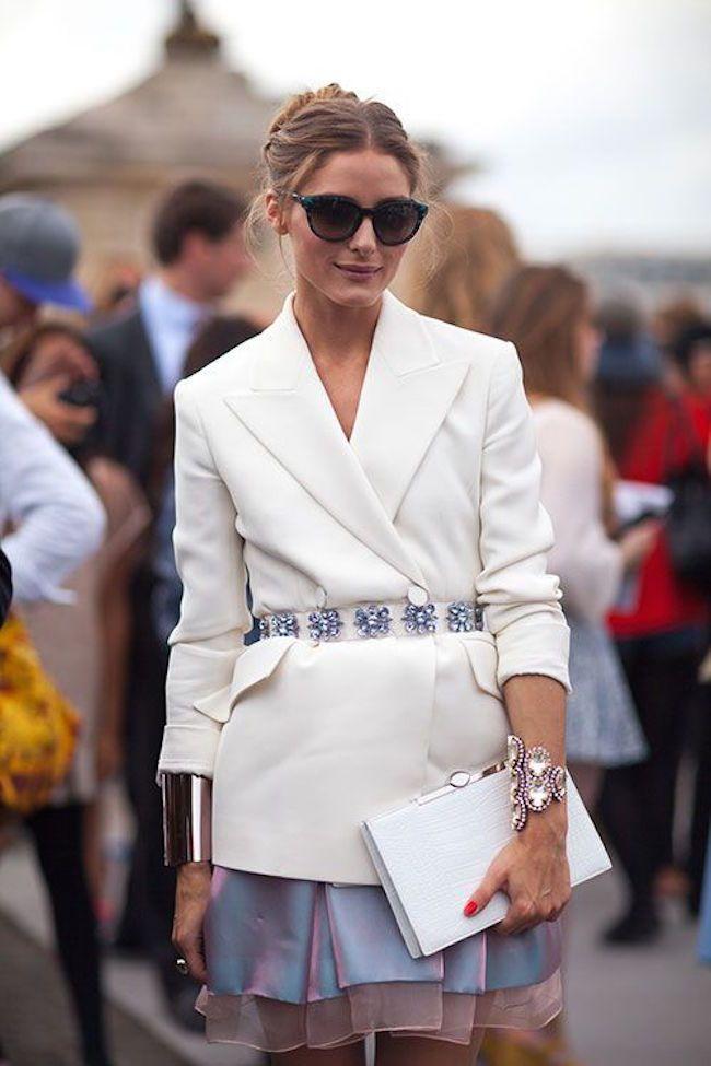 При полном параде: как носить вышивку, аппликации и не выглядеть как Анна Делло Руссо