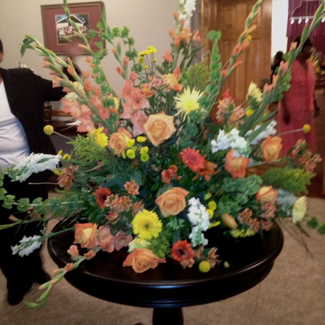 Flower Arrangement For Church Wedding: 36 Best Images About Flower Arrangements For Church On