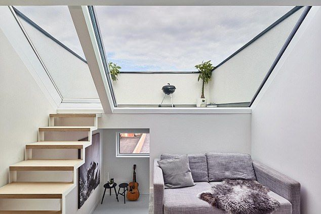 Grand Designs Couple Build 323k House In Tiny 38sqm East London Plot Grand Designs Uk Grand Designs London House Hotel