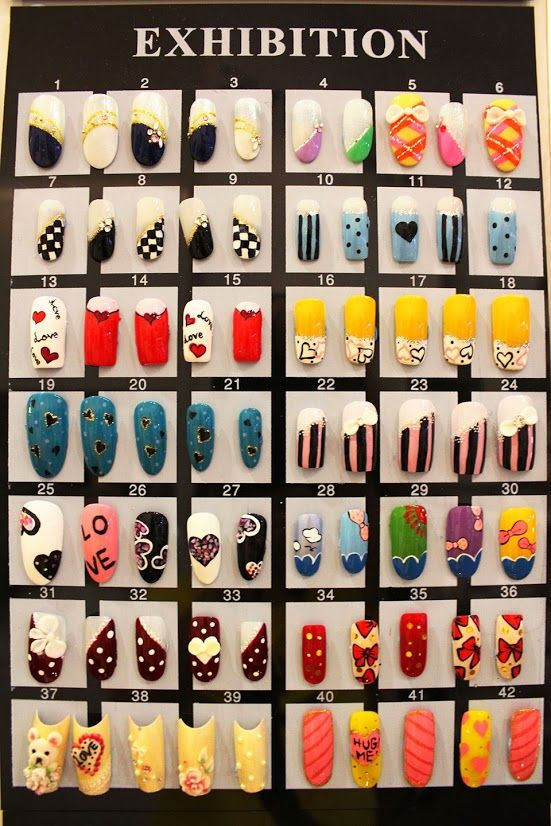 Many kind of designed christmas nail samples are for the customers to choose any one of them for their nails.