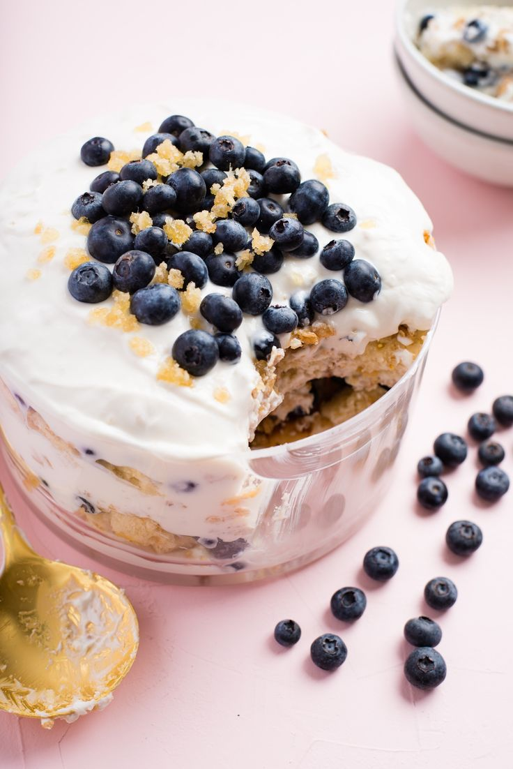 Recipe: Blueberry Breakfast Trifle — Recipes from The Kitchn #recipes #food #kitchen