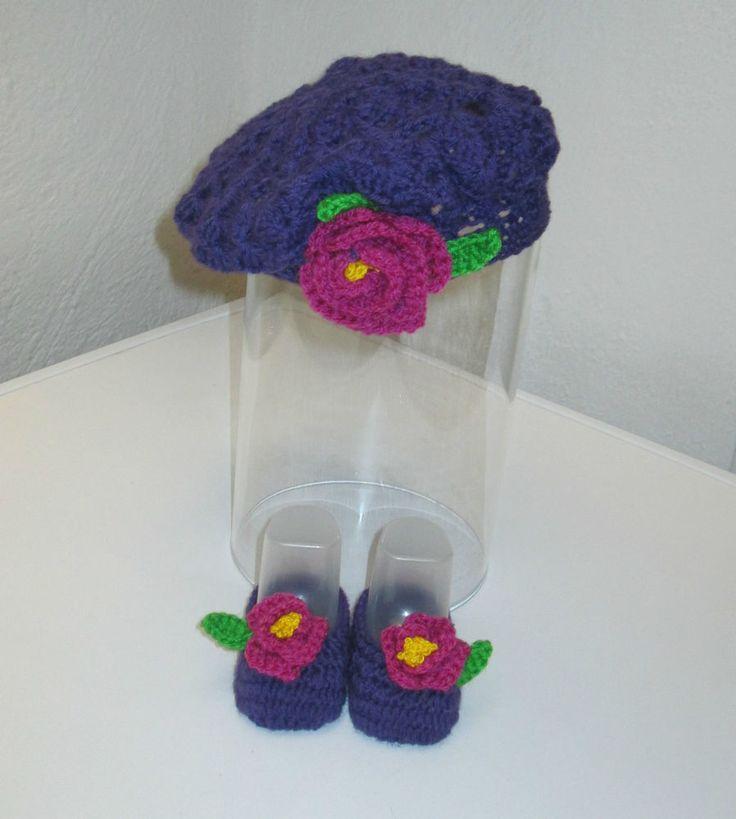 Scarpe neonata 0/3 mesi complete di cappello a basco/Realizzate a mano