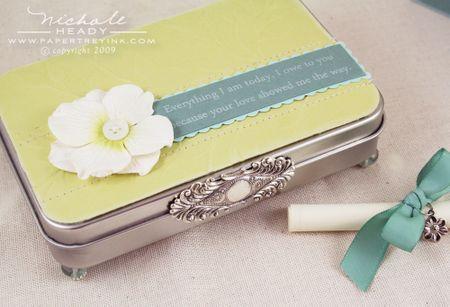 using an Altoid's tin or something similar, make a sweet jewelry or keepsake box.