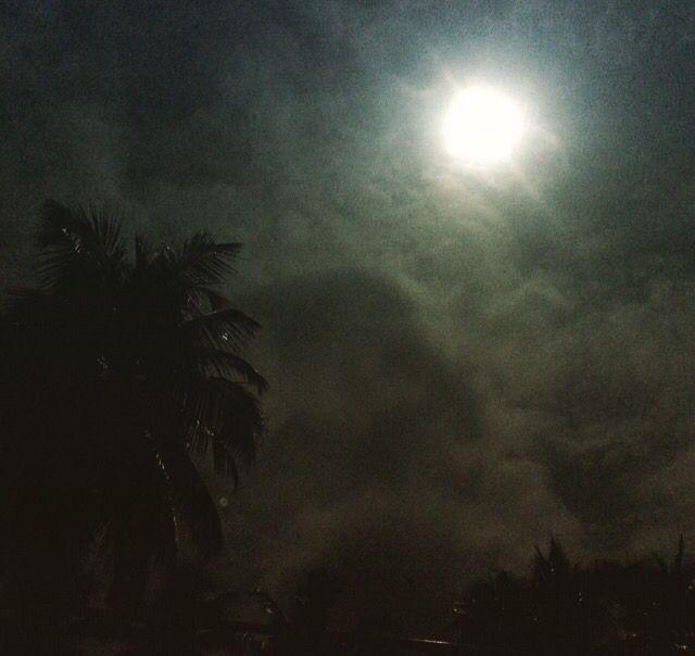 Full moon rising in India #travel #india