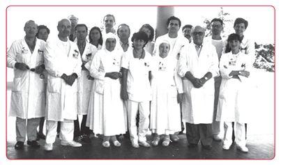 """Alla fine degli anni '80 ha preso il via questa avventura chiamata GRADE. Il dott. Avanzini racconta quell'inizio:  """"Ricordo alcuni dei primi interventi volti a rendere più confortevole la permanenza in Ospedale, spesso di lunga durata: ad esempio, l'aria condizionata, la televisione, le poltrone per la chemioterapia.""""  (Continua a leggere qui -->http://www.grade.it/25-anni-insieme/)"""