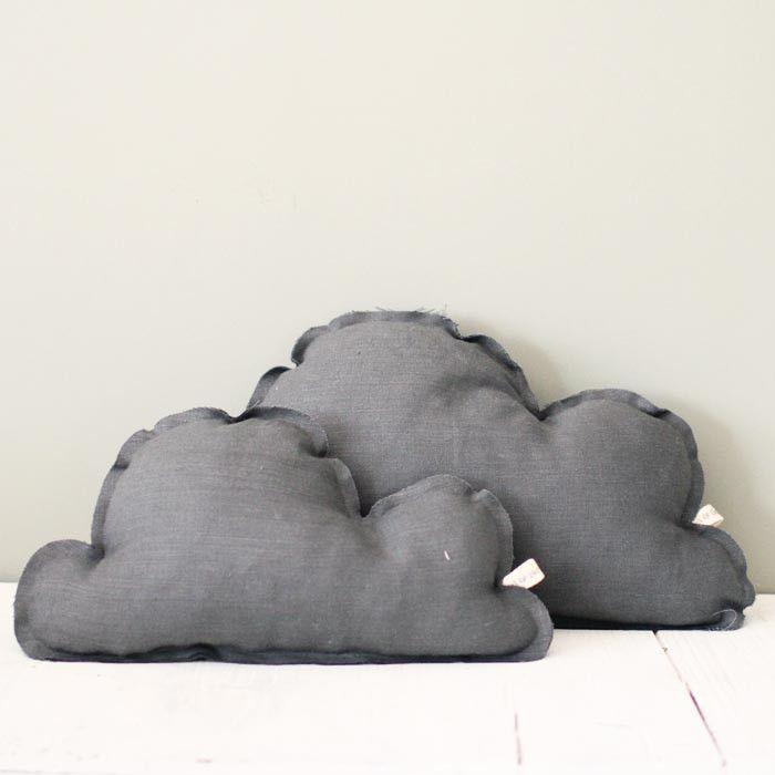 Cojín Nube Grande Gris Oscuro B by BelandSoph.com | BelandSoph.com